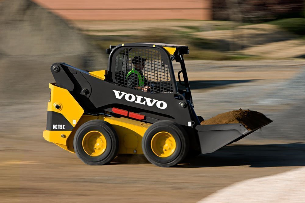 Tips for buying a New Skid Steer in Dubai