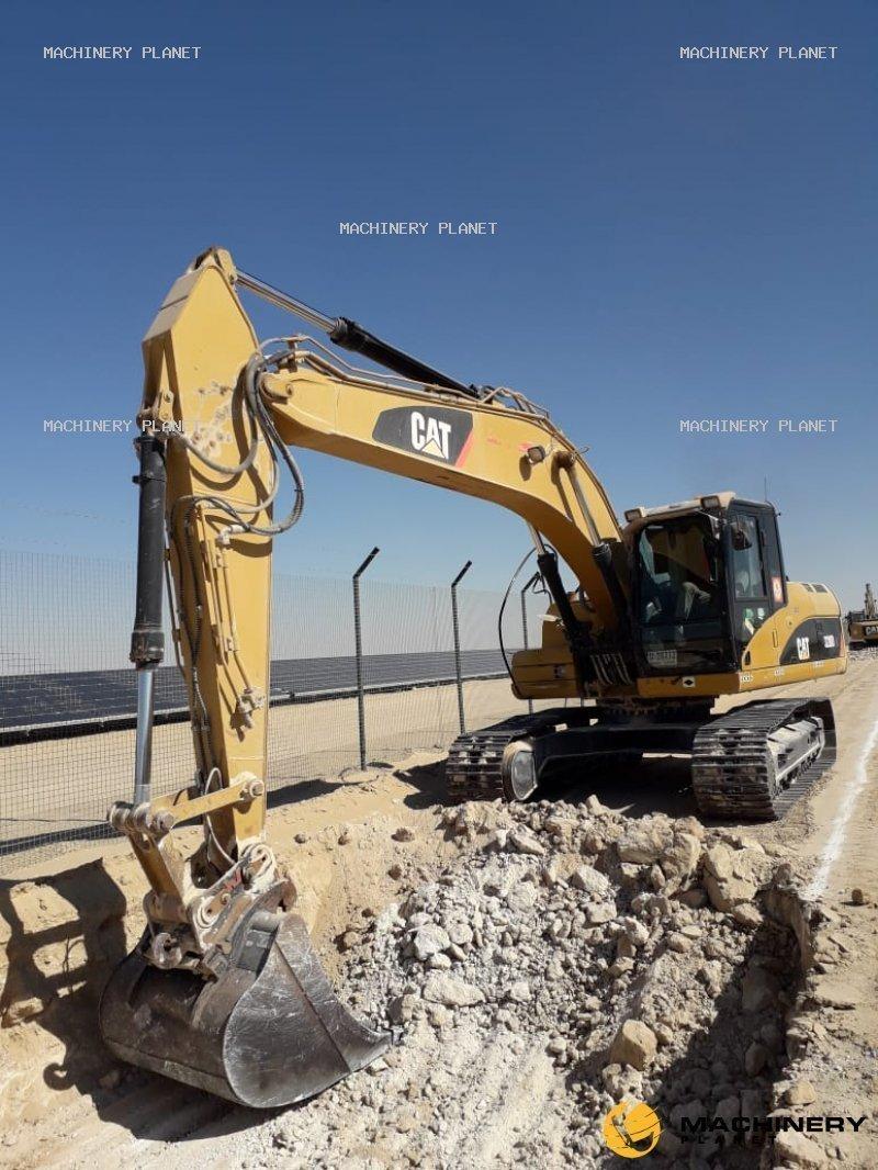 Excavator Chain 320DL Caterpillar 2008 In UAE For Sale