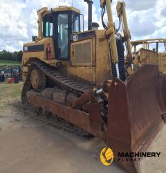 Caterpillar D8R2 Dozer