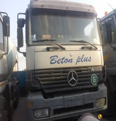 9cbm Mixer on mercedes Truck