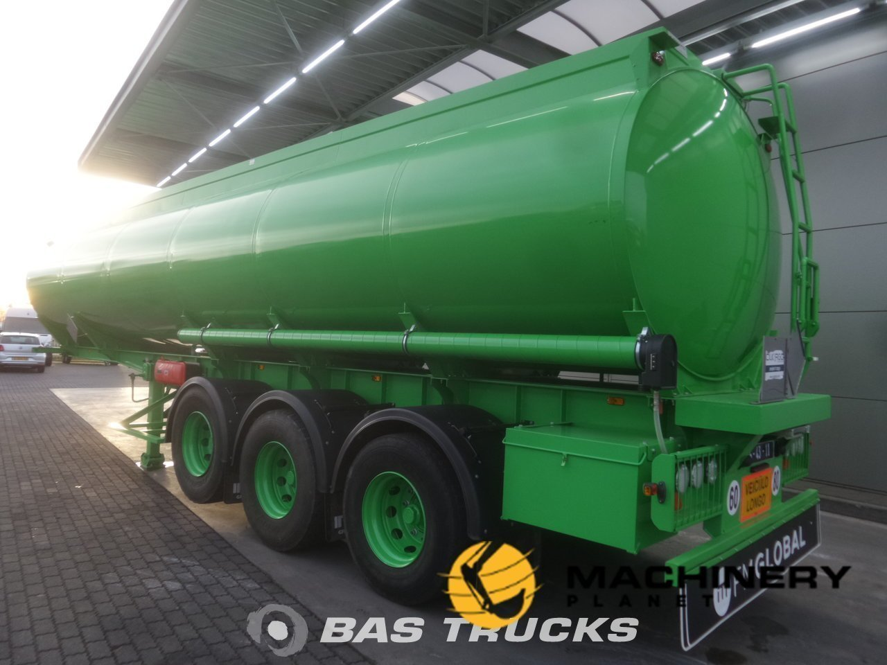 New-Semi-trailer-Joluso-NEW-UNUSED-35000-Ltr--2--Fueltank-SXCI-3DPB-105-00-3-Axels_90033_1-1554199059507_5ca332137bbfa-1.jpg