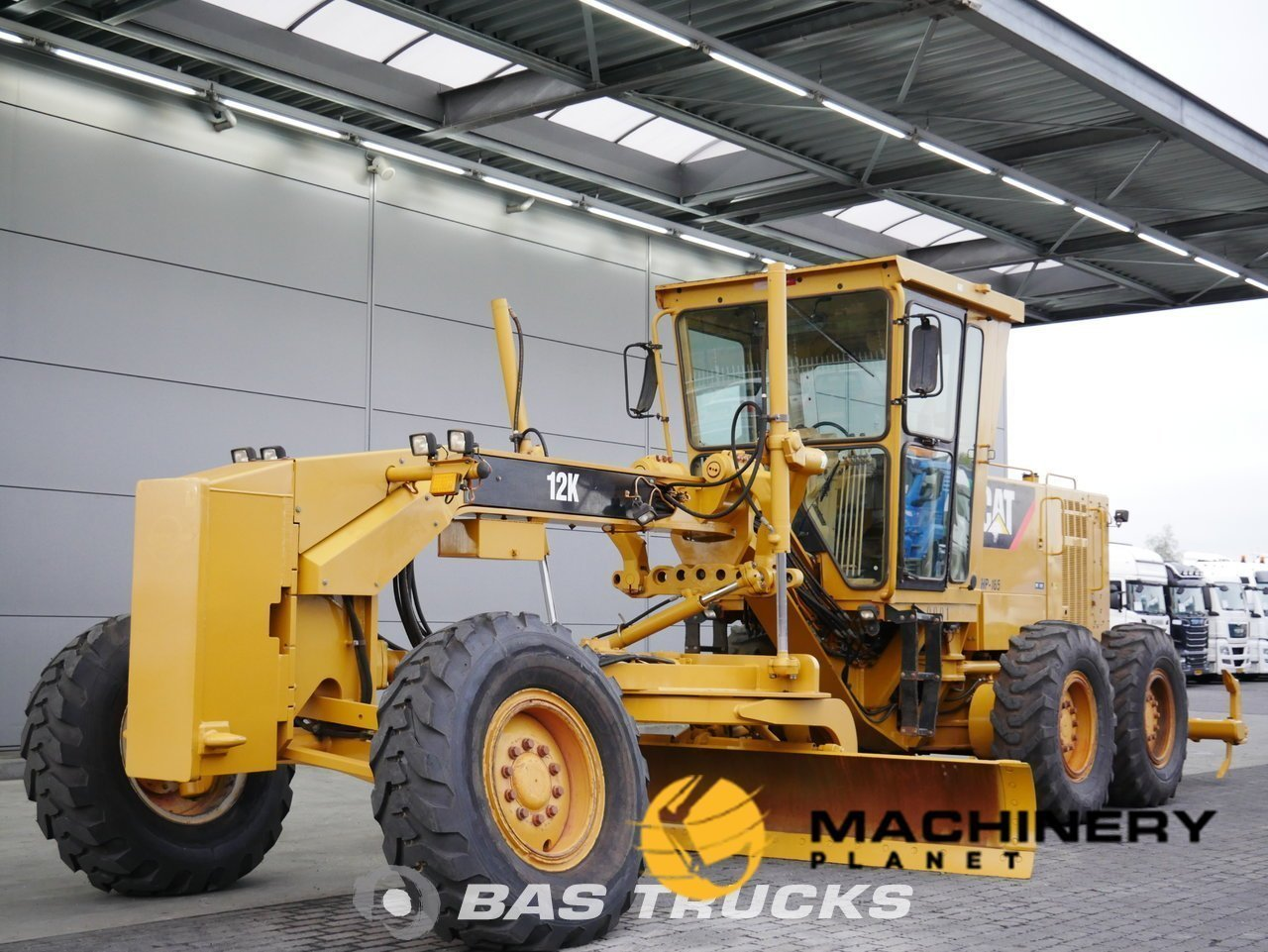 Used-Construction-equipment-Caterpillar-12K-6X4-2011_138115_1-1554098542667_5ca1a96ea2b8c-1.jpg