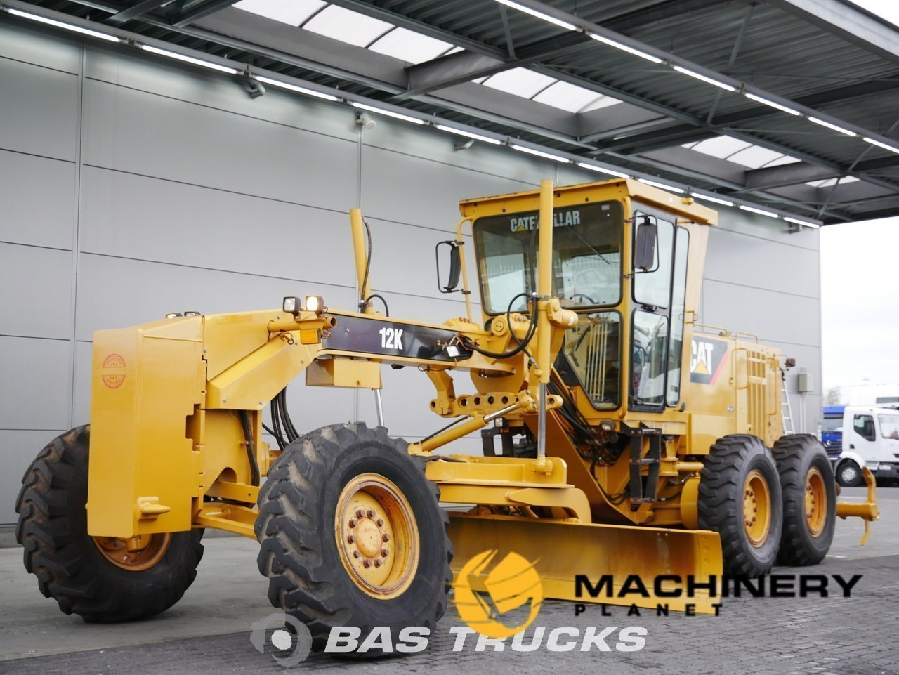 Used-Construction-equipment-Caterpillar-12K-6X4-2011_138117_1-1553937025889_5c9f3281d9224-1.jpg