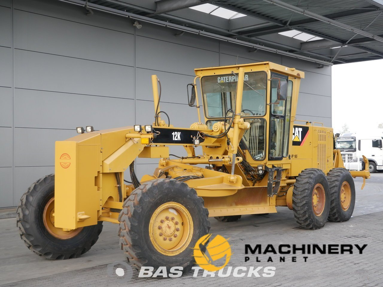 Used-Construction-equipment-Caterpillar-12K-6X4-2011_138119_1-1553942625055_5c9f48610d722-1.jpg