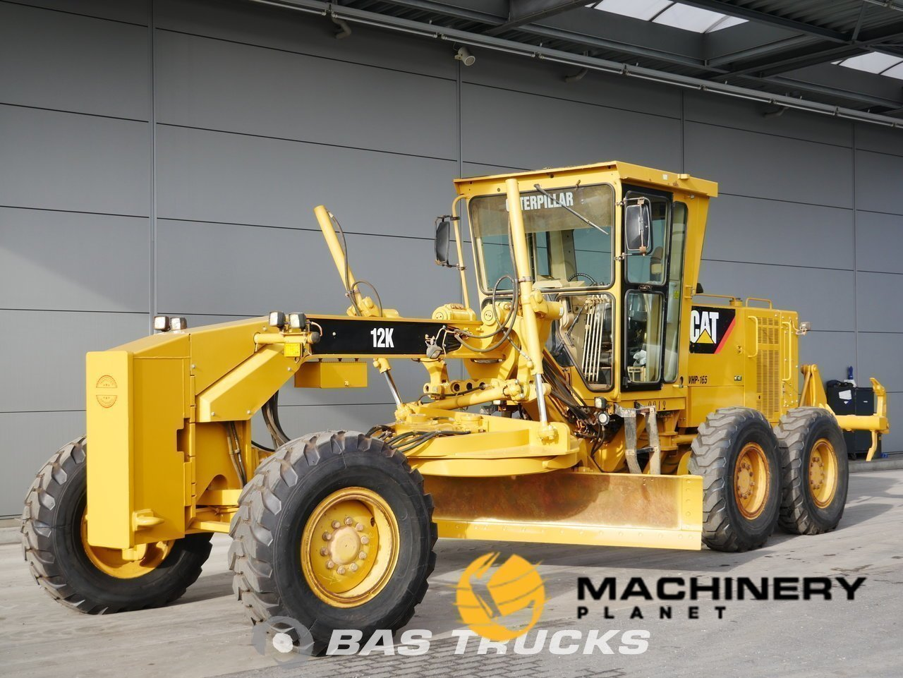 Used-Construction-equipment-Caterpillar-12K-6X4-2011_138125_1-1553939372583_5c9f3bac8e63f-1.jpg
