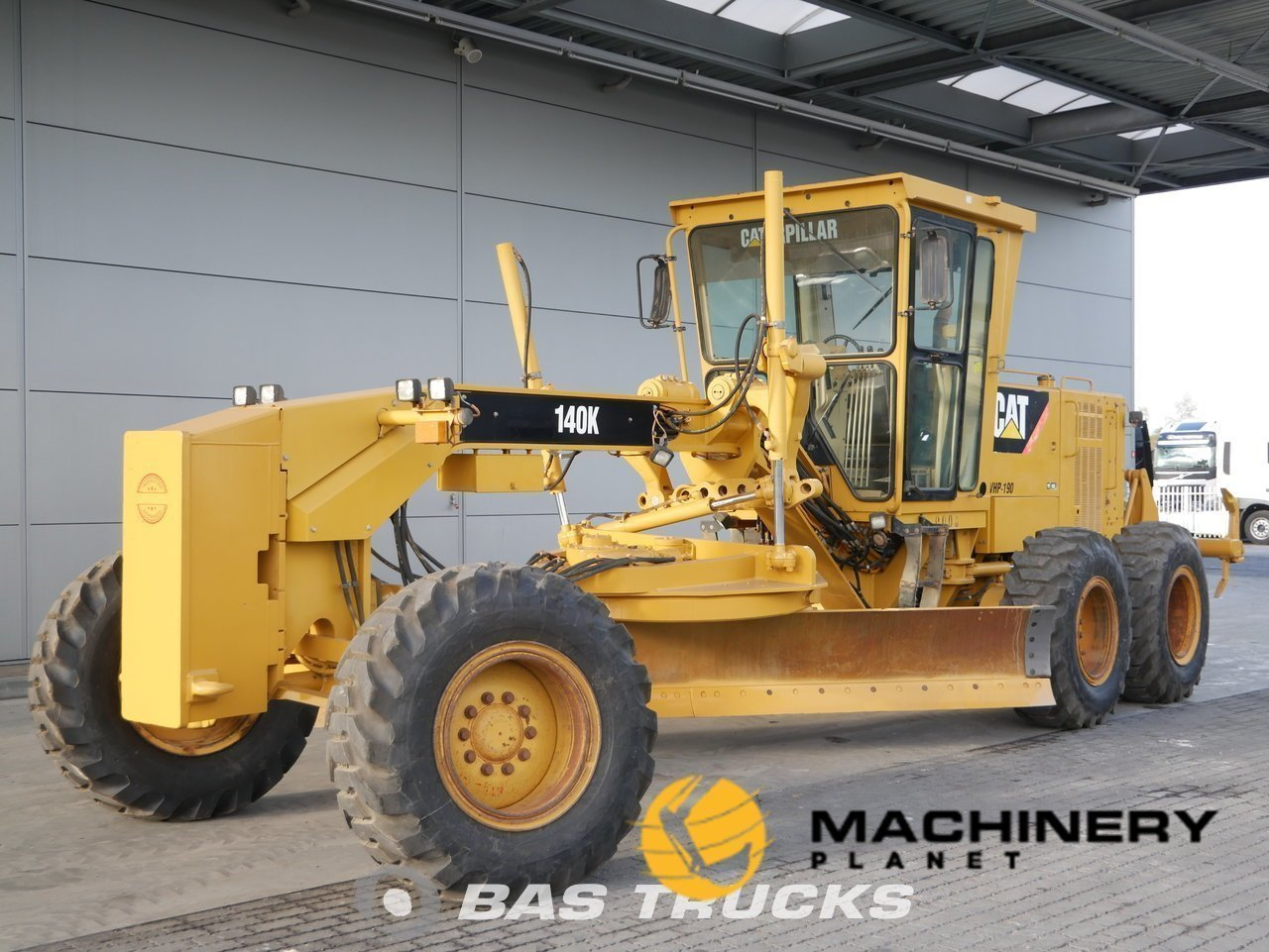 Used-Construction-equipment-Caterpillar-140K-6X4-2011_138137_1-1554128457714_5ca21e49ae406-1.jpg