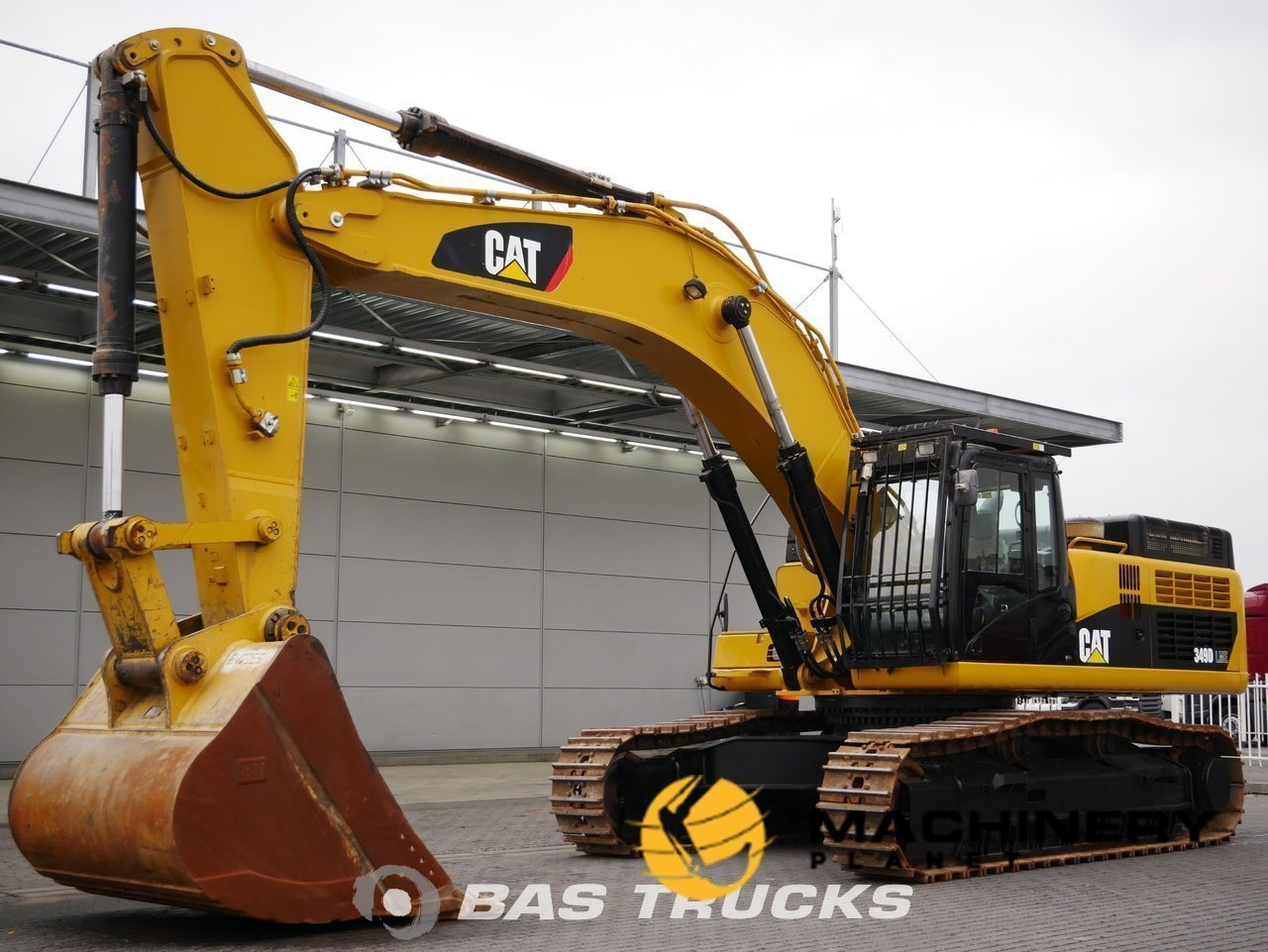 Used-Construction-equipment-Caterpillar-349-D-LME-Track-2014_140366_1-1554202898900_5ca34112dbbf8-1.jpg