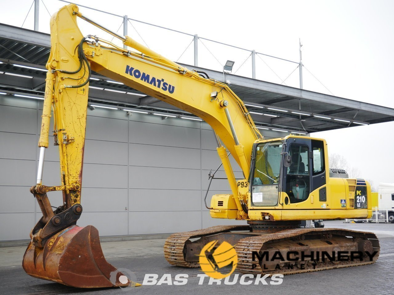 Used-Construction-equipment-Komatsu-PC210-Track-2012_142482_1-1554113287433_5ca1e30769c0c-1.jpg