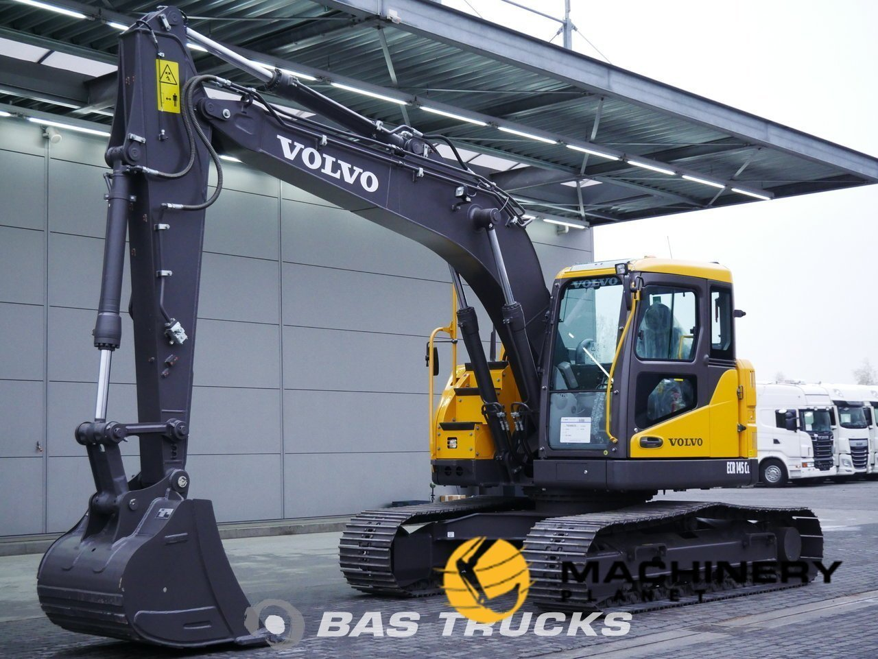 Used-Construction-equipment-Volvo-ECR145CL-Track-2018_141864_1-1554125228539_5ca211ac83946-1.jpg