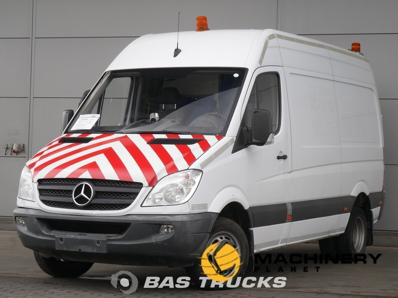 Used-Light-commercial-vehicle-Mercedes-Sprinter-2010_128528_1-1554199447391_5ca333975f90d-1.jpg