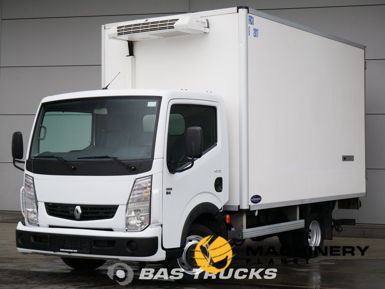 Used-Light-commercial-vehicle-Renault-Maxity-130ps-2011_148621_1-1553937438369_5c9f341e5a31b-1.jpg