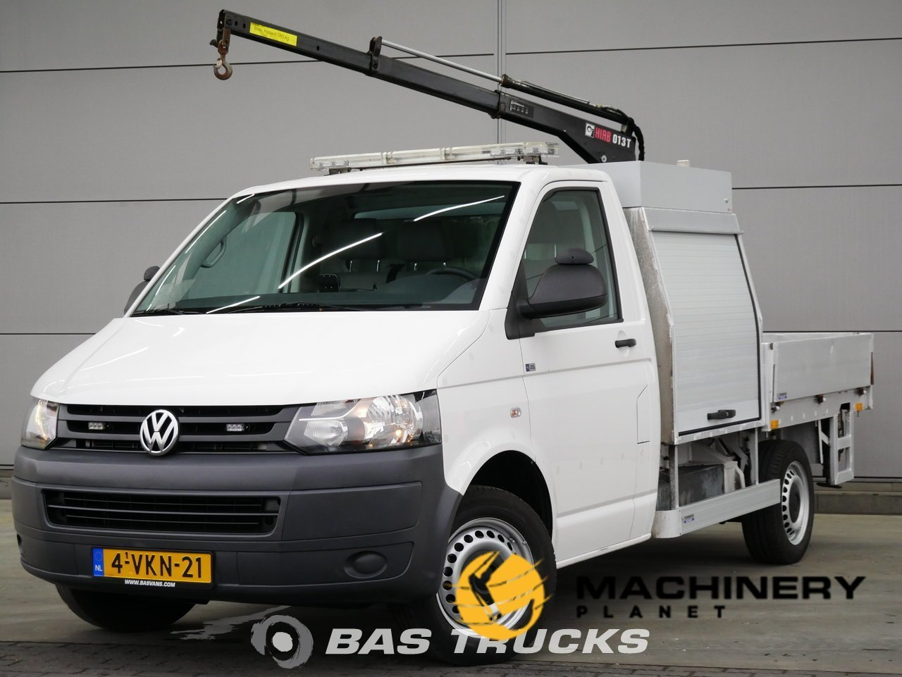 Used-Light-commercial-vehicle-Volkswagen-Transporter-2010_144474_1-1554202585122_5ca33fd91dc32-1.jpg