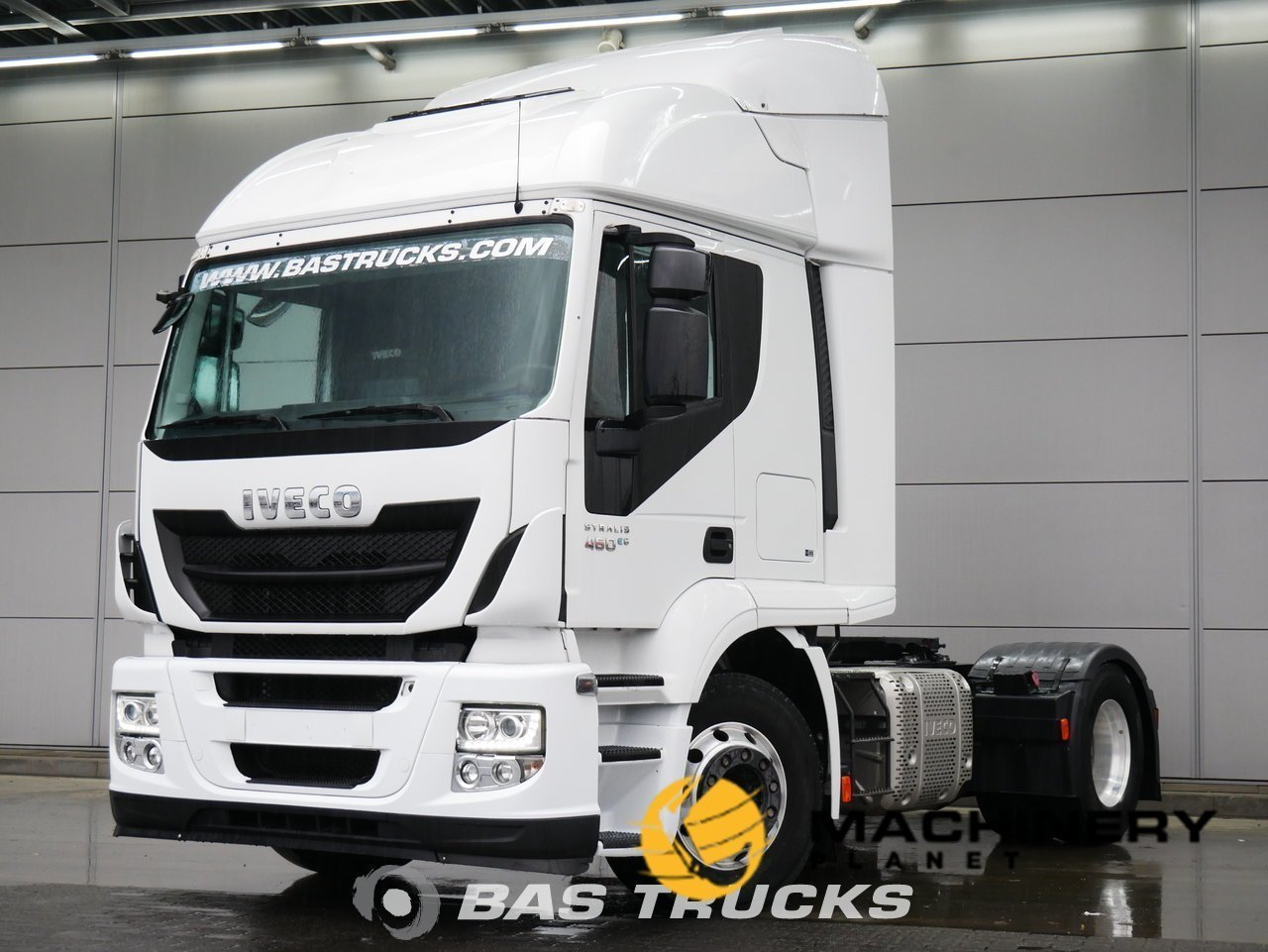 Used-Tractorhead-IVECO-Stralis-HI-Road-AT440S46-4X2-2015_148073_1-1554202060921_5ca33dcce0cd3-1.jpg