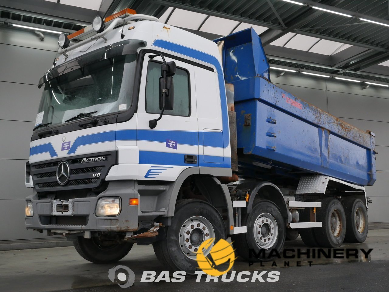 Used-Truck-Mercedes-Actros-4150-K-8X4-2006_67660_1-1554198663452_5ca330876e5d6-1.jpg