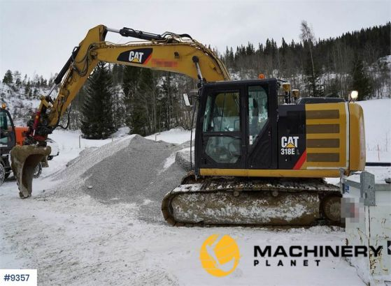 Used_Crawler_Excavators_For_Sale
