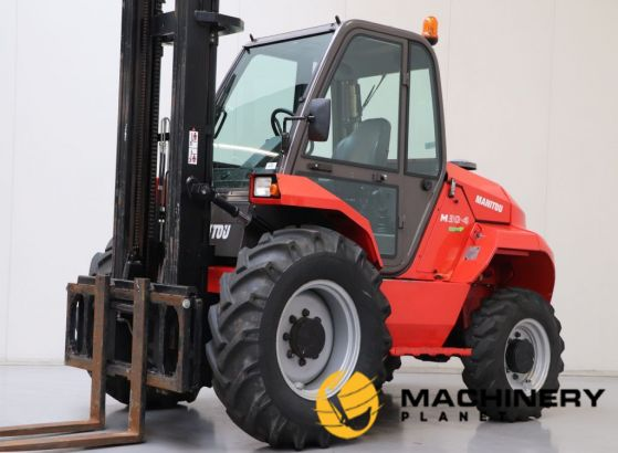 Used_Rough_Terrain_Forklift_For_Sale